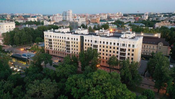 Эксплуатируемая крыша и волшебные виды: как выглядят квартиры в самом «молодом» доме на Верхне-Волжской набережной