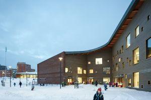 Школа Saunalahti в городе Эспоо (Финляндия)